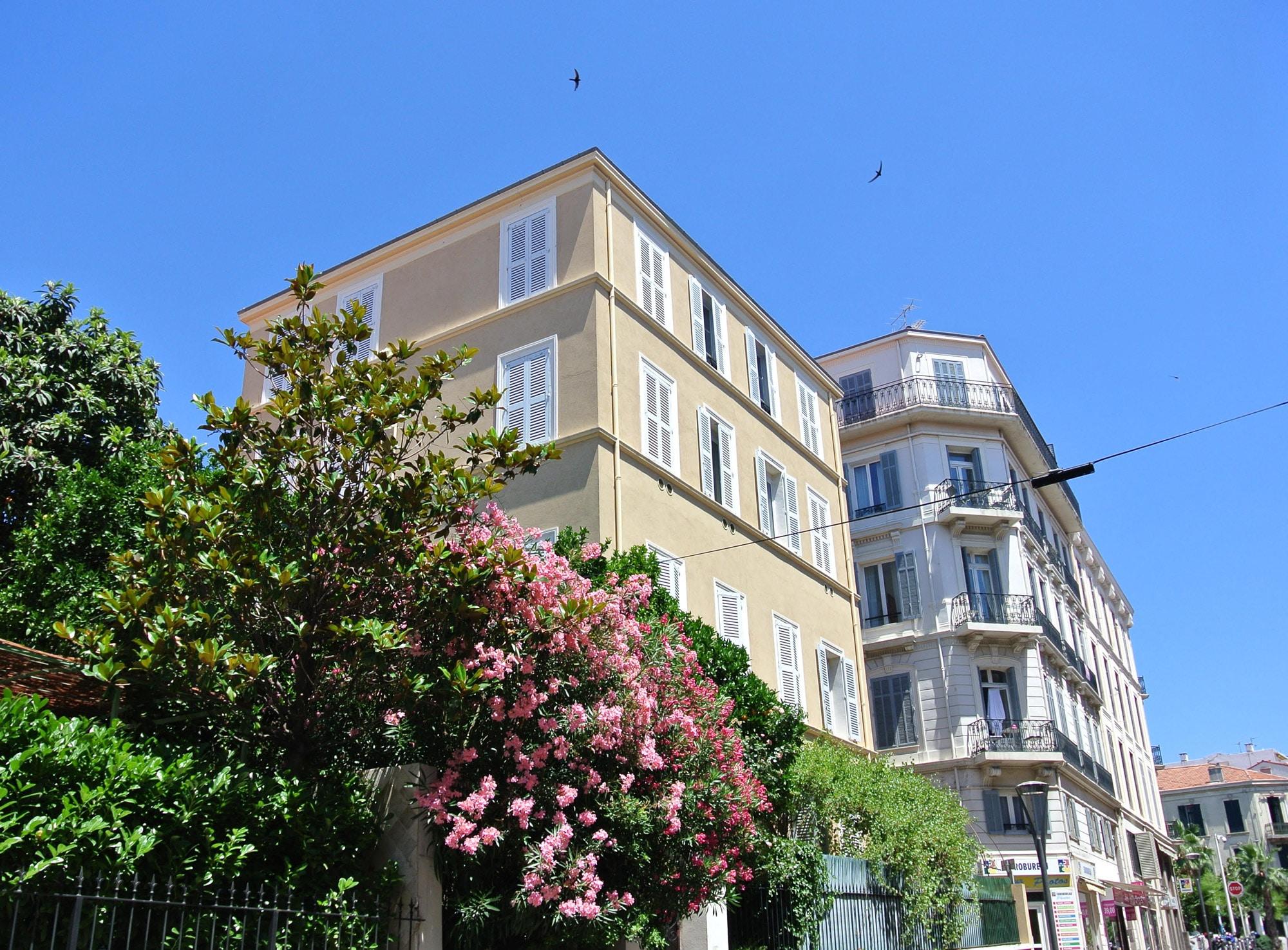 Façade extérieur de la Villa Marceau, appartement d'hôtes à Cannes